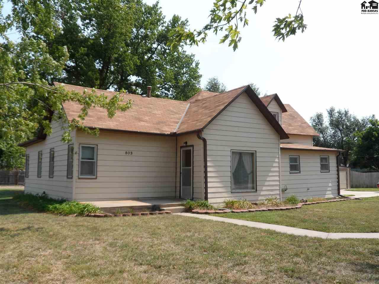 803 S Cottonwood St, McPherson, KS 67460
