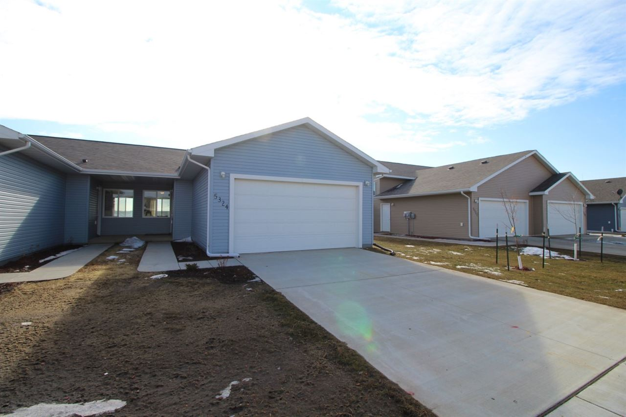 5324 SE 15th Avenue, Minot, ND 58701