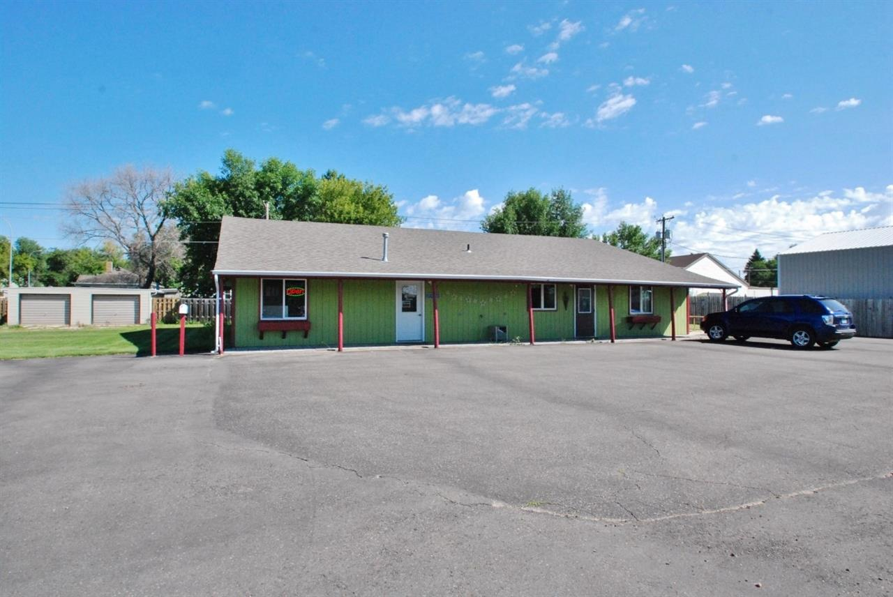 411 4th Ave. SW, Rugby, ND 58368