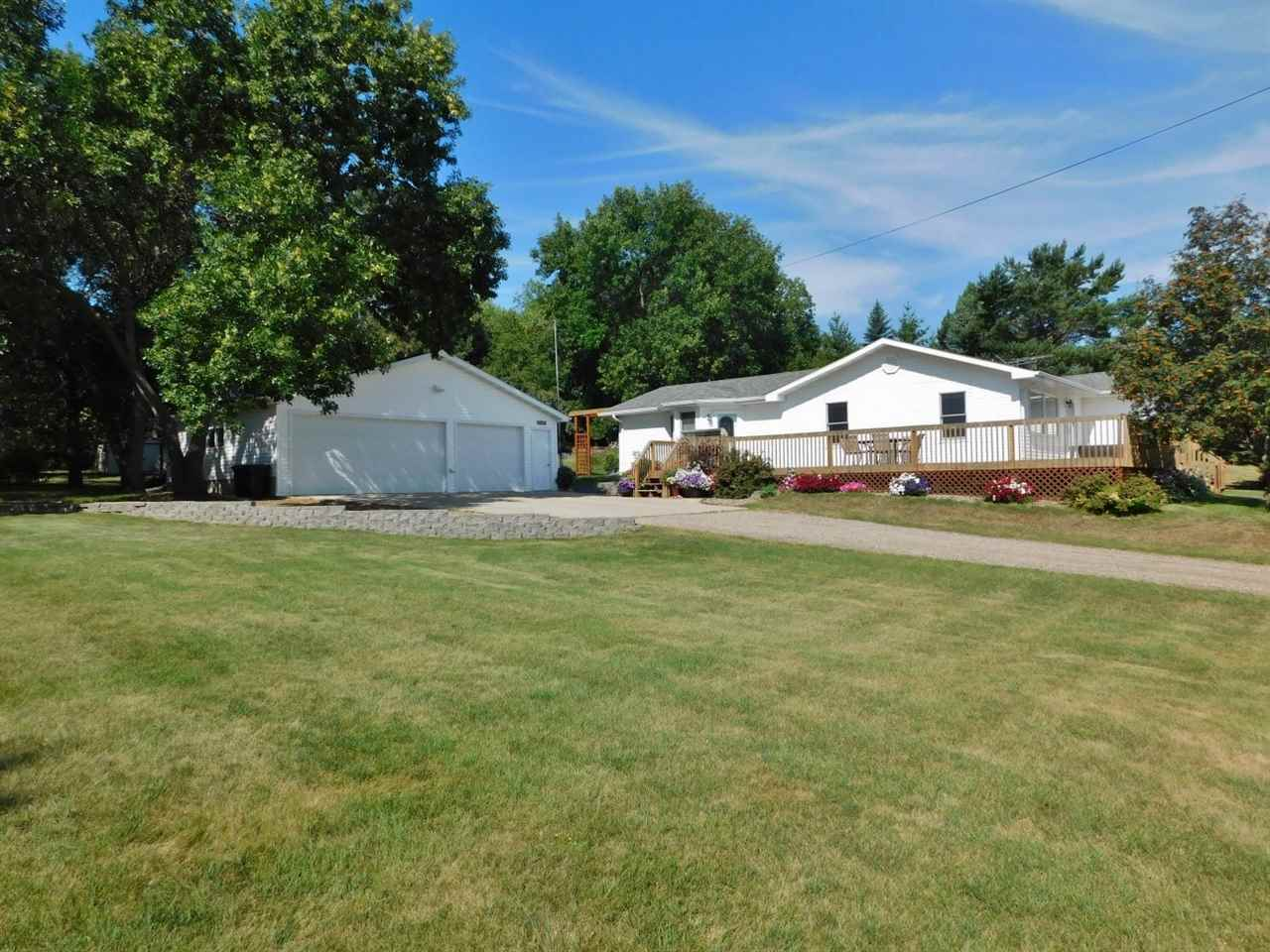 4310 S County Road 19, Minot, ND 58701