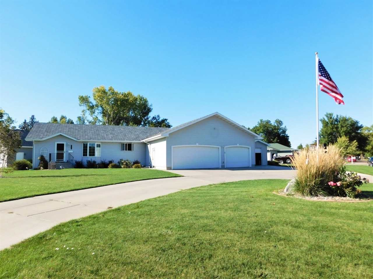 1800 SW 7th Ave, Minot, ND 58701