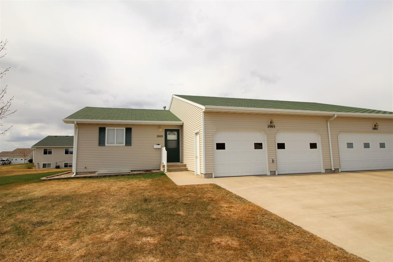 2003 13th St NW, Minot, ND 58703
