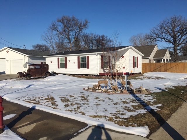 1903 SE 8th ave, Minot, ND 58701