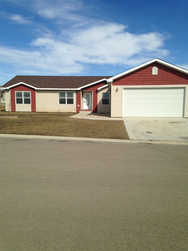 145 Adeline Drive, Stanley, ND 58784