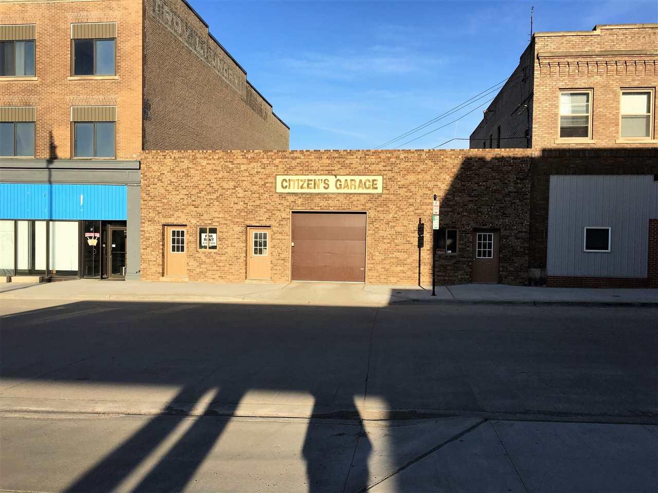 11 SE 1st Street, Minot, ND 58701