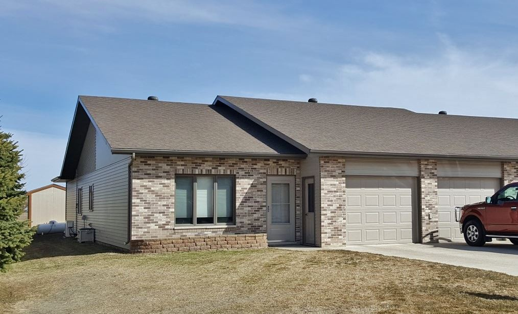 1511 6th Ave. SE, Rugby, ND 58368
