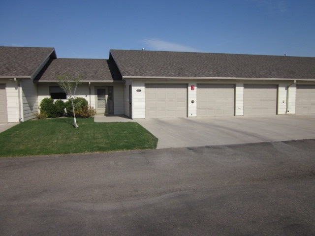 "615 34TH AVE (CONDO UNIT ""G"") SW, Minot, ND 58701"