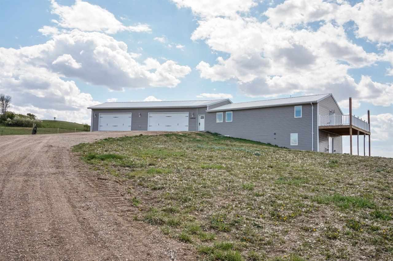 11400 135th Avenue SE, Sawyer, ND 58781