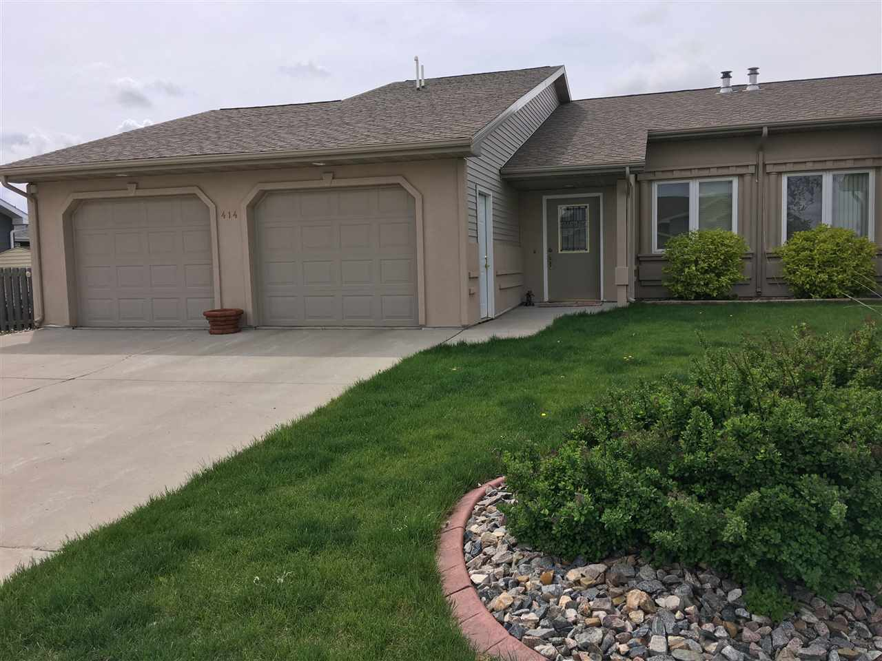 414 SW 4th Ave, Surrey, ND 58785