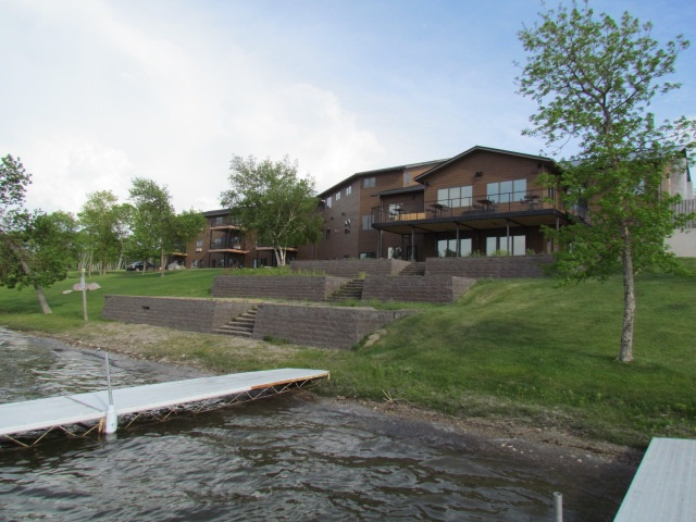 80 Twin Oaks Shore Unit 37, Lake Metigoshe, ND 58318