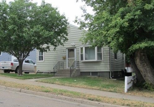 504 SW 5TH ST, Minot, ND 58701