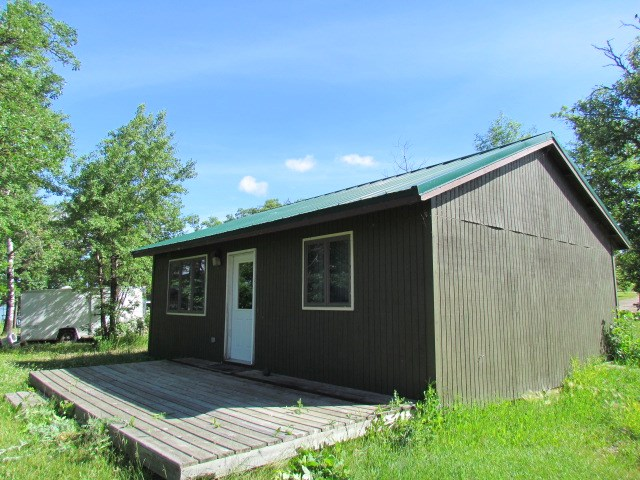 196 Twin Oaks Shore, Lake Metigoshe, ND 58318