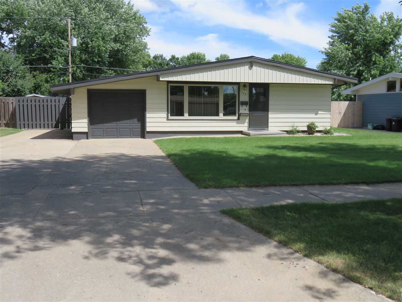 113 24TH ST SW, Minot, ND 58701