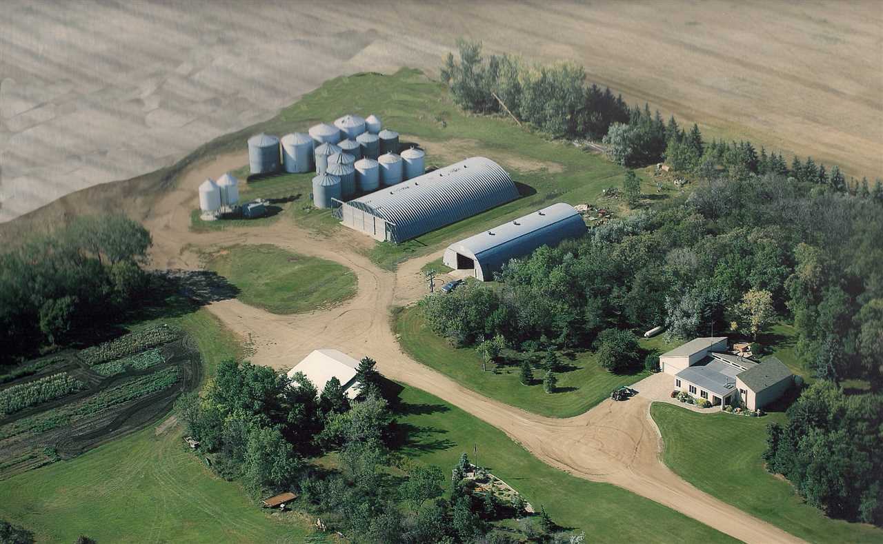 3474 HWY 5, Mohall, ND 58761