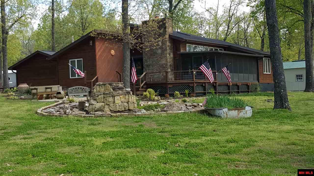 406 BOAT DOCK ROAD, Lakeview, AR 72642