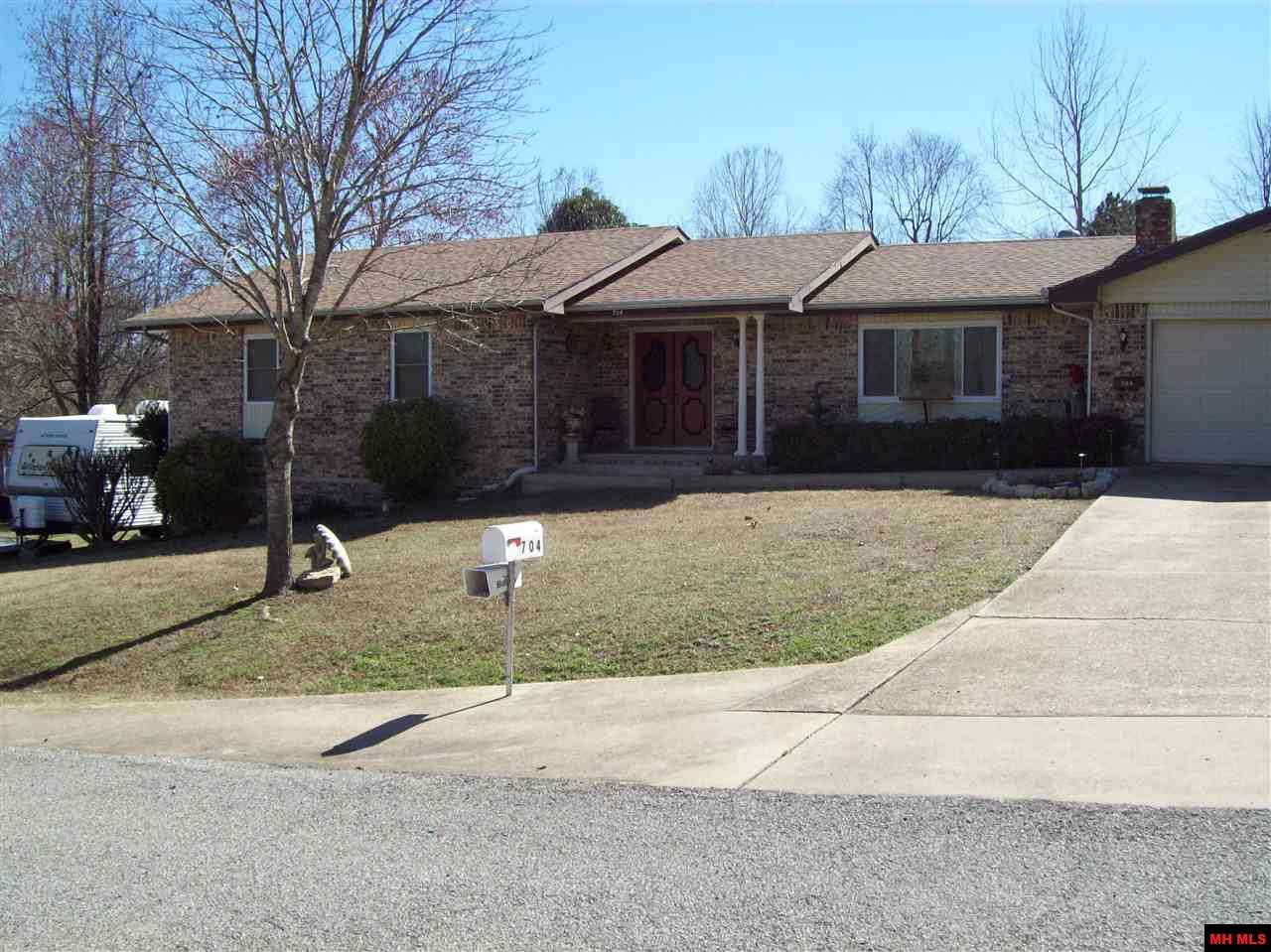704 DIXIE COURT | Mountain Home, AR