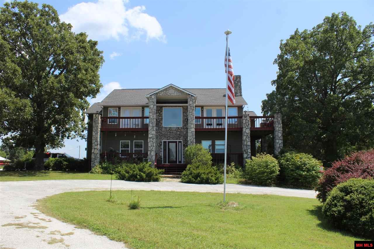 125 MC 2049 | Lead Hill, AR