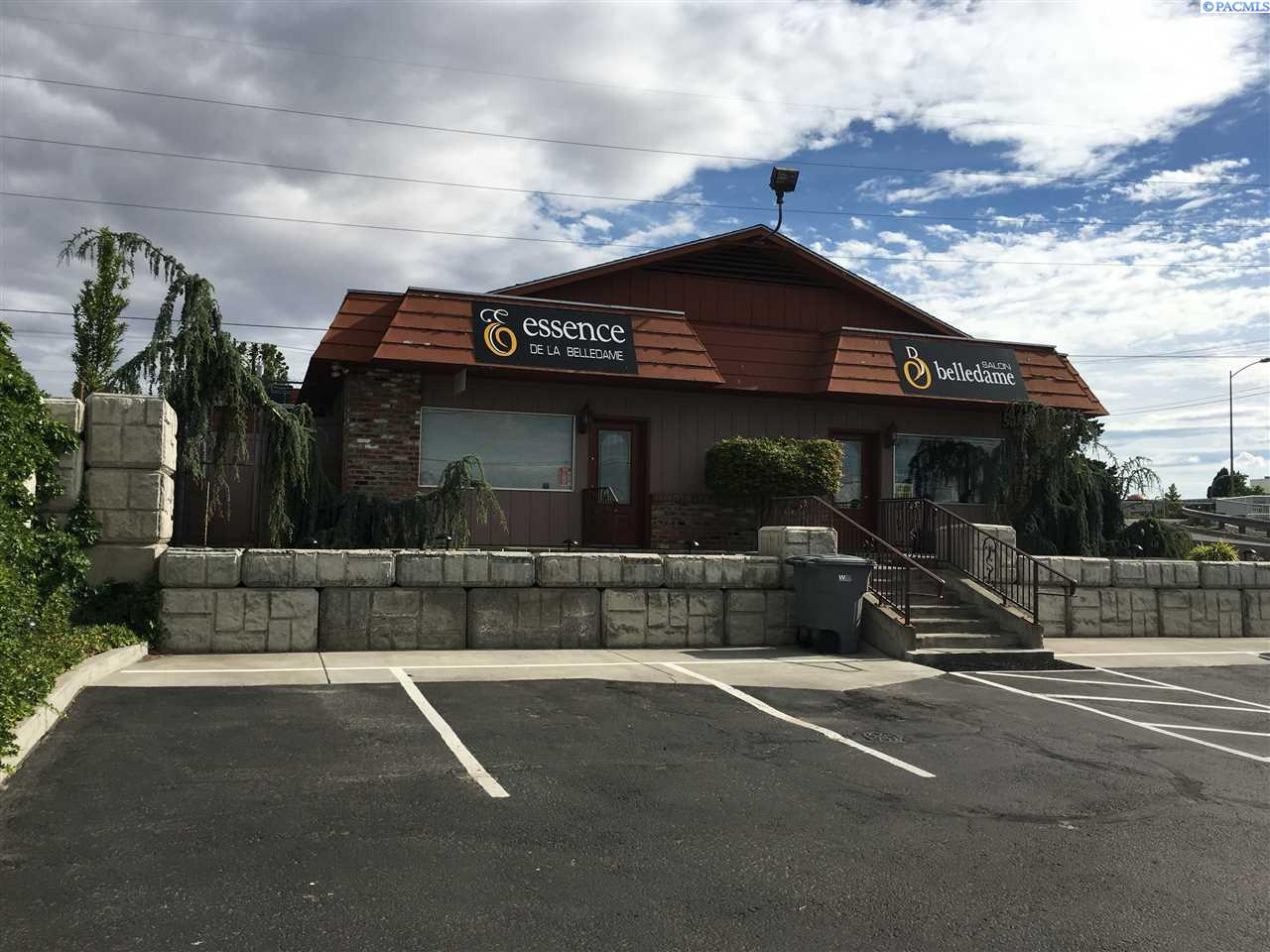 Retail for Sale at 7514 W Yellowstone 7514 W Yellowstone Kennewick, Washington 99336 United States