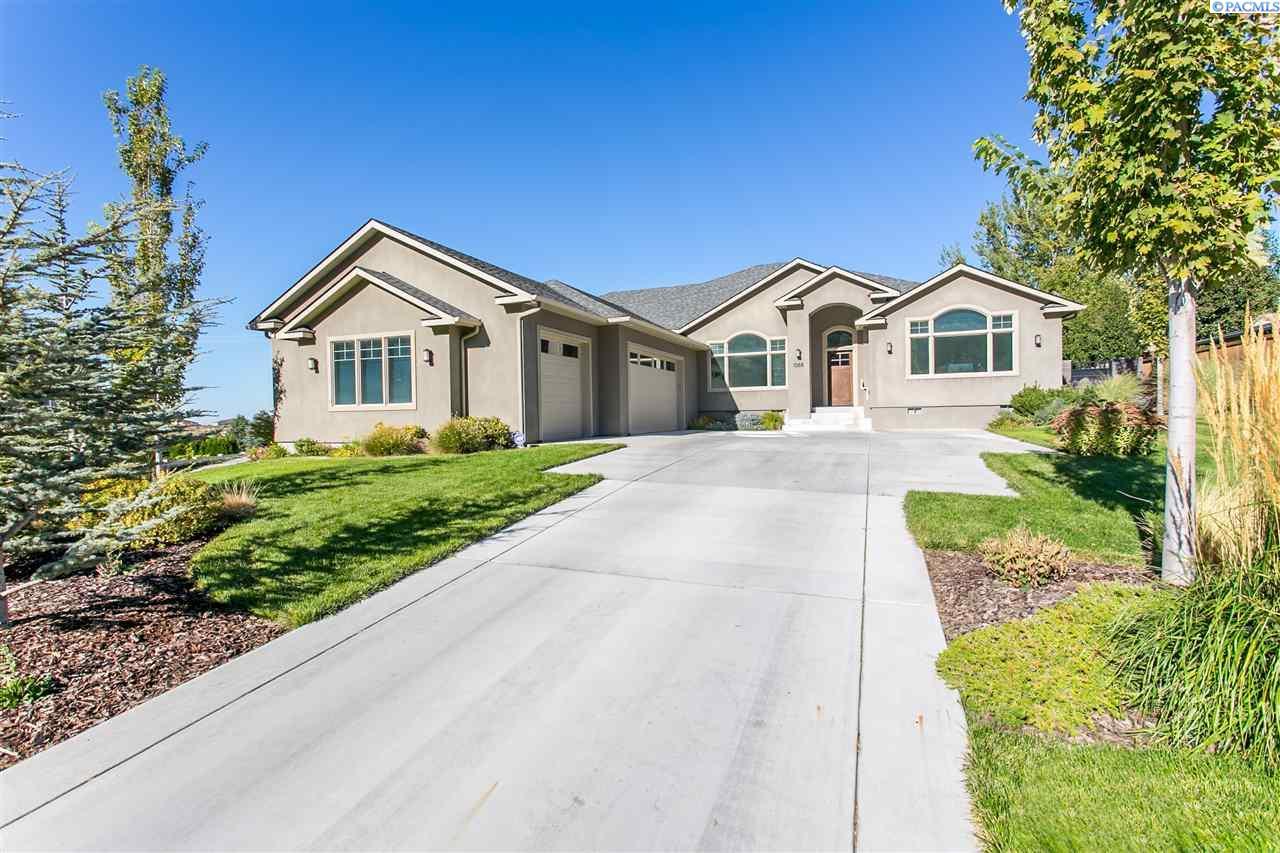 1068 Meadow Hills Drive, Richland, WA 99352