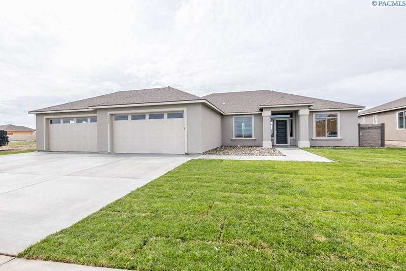 6675 Cyprus Loop, West Richland, WA 99353