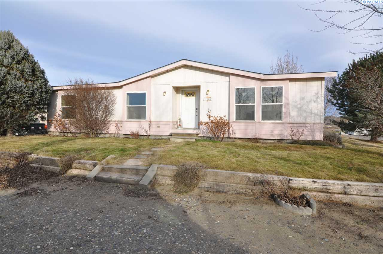 3410 Paso Fino St, West Richland, WA 99353