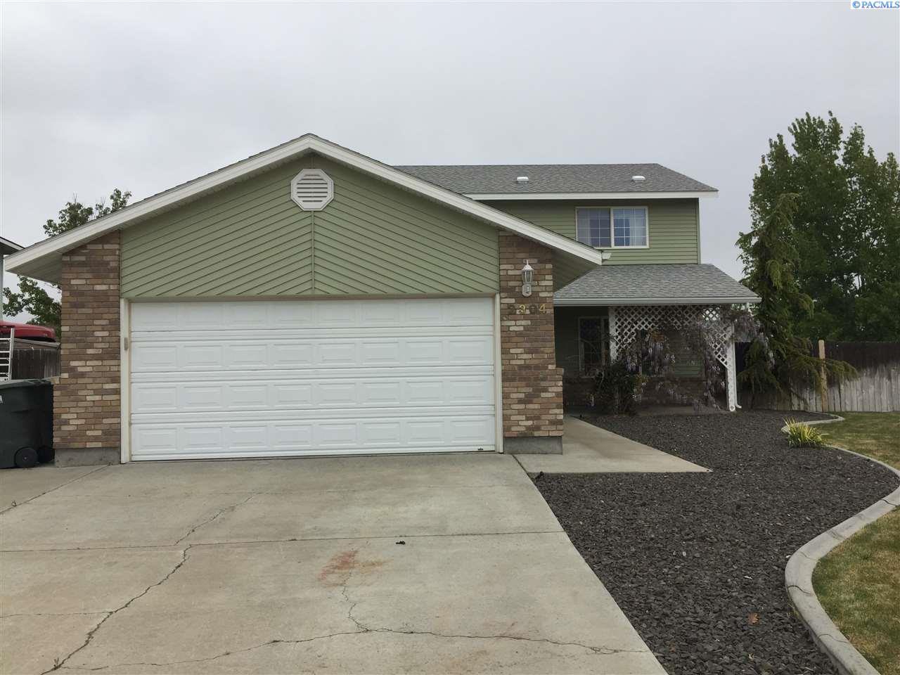 2304 Hummingbird Place, West Richland, WA 99353