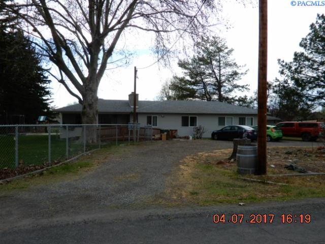 1198 W Sunset Drive, Burbank, WA 99323
