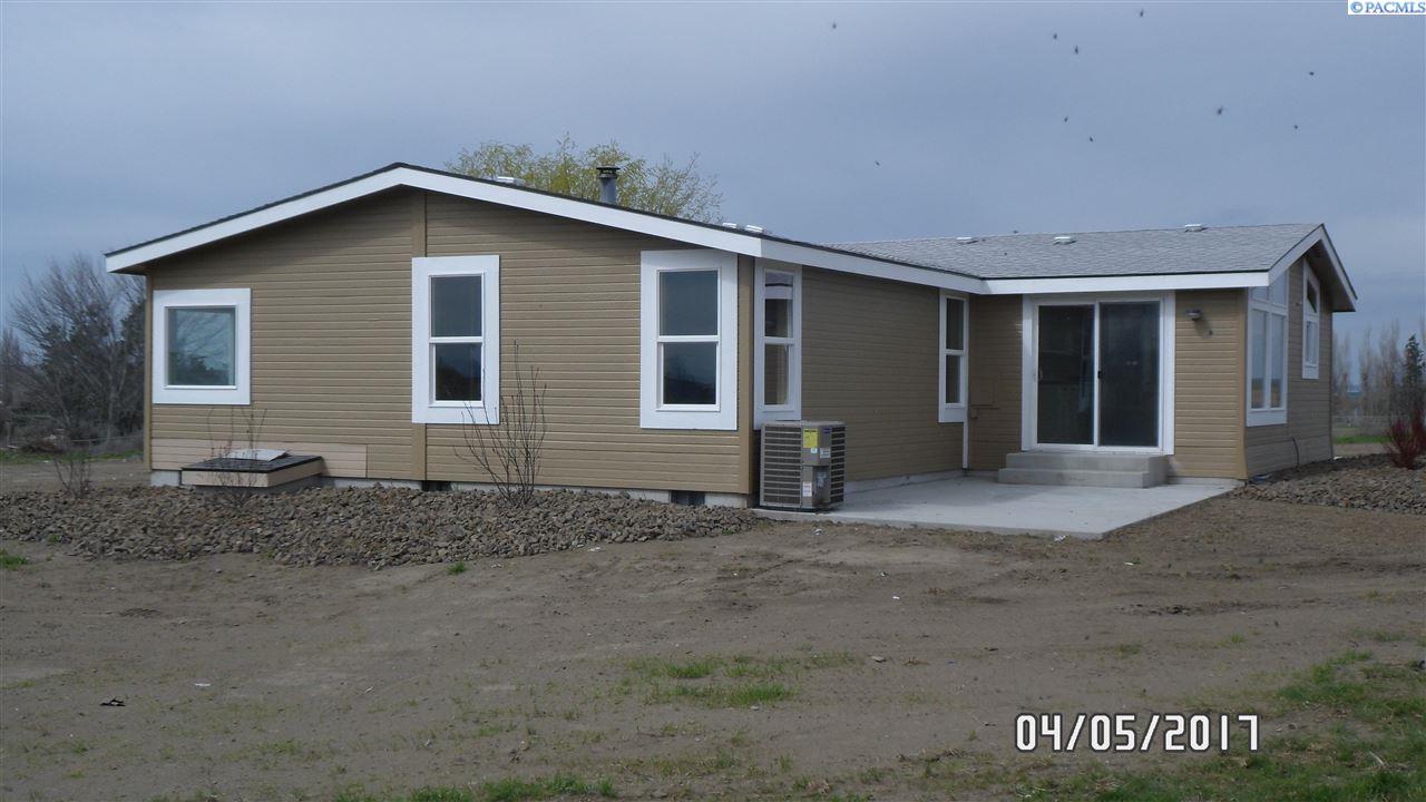 301 Galloway Rd, Pasco, WA 99301
