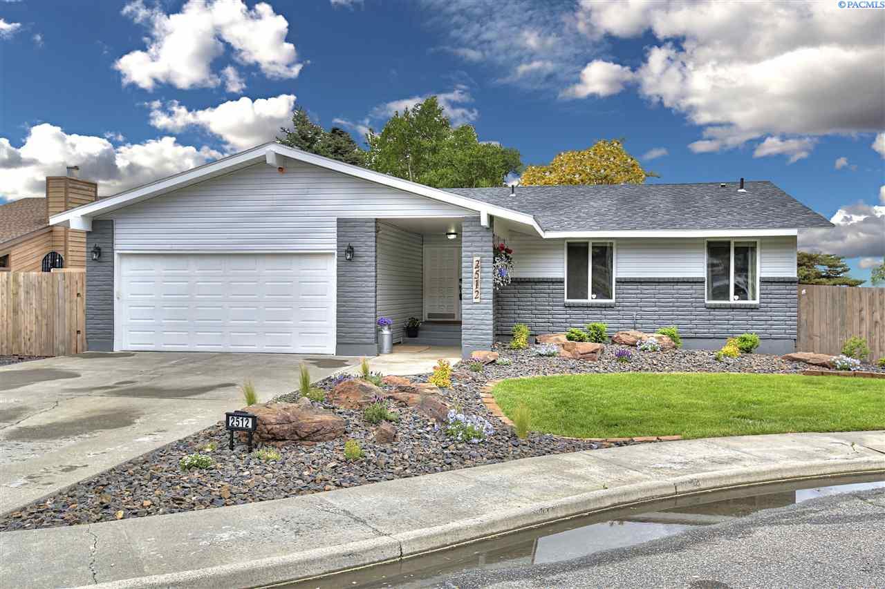 2512 Blue Hill Ct, Richland, WA 99352