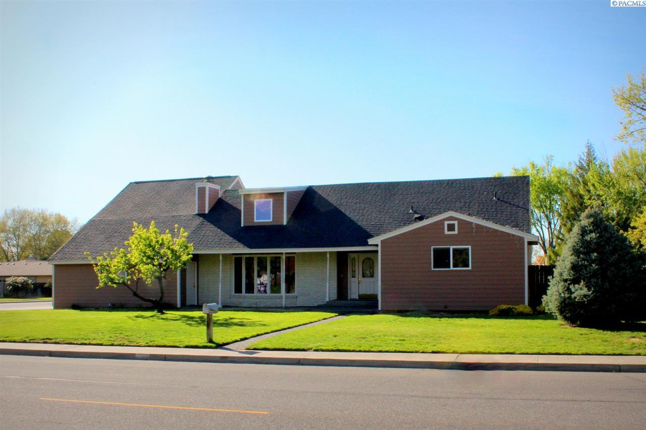 1839 McMurray Ave, Richland, WA 99354