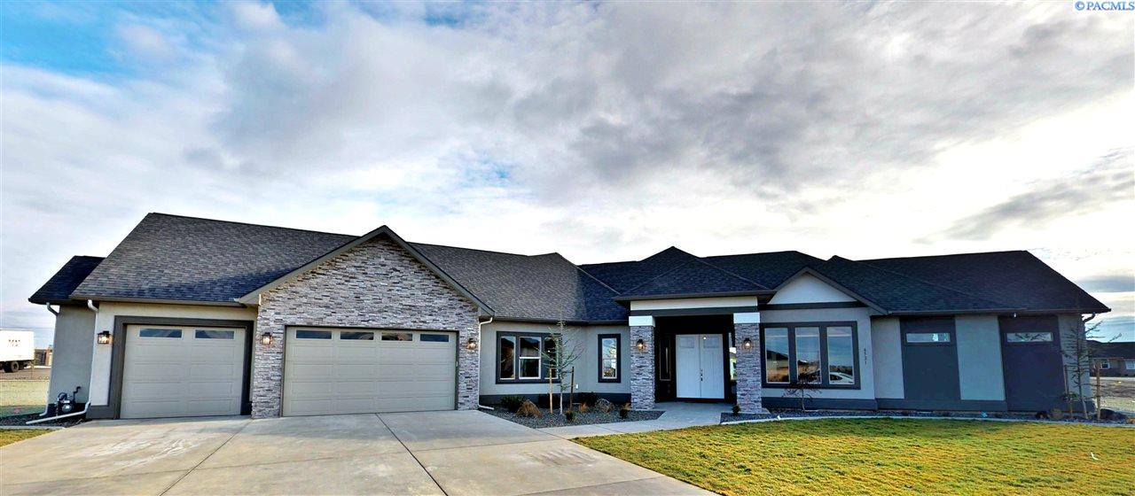 6521 Eagle Crest Dr, Pasco, WA 99301