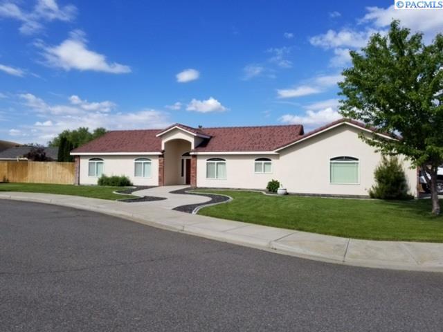 2501 Papyrus ct, West Richland, WA 99353