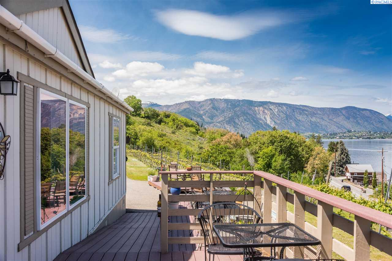 Manufactured Home for Sale at 755 S Lakeshore Road Chelan, Washington 98816 United States