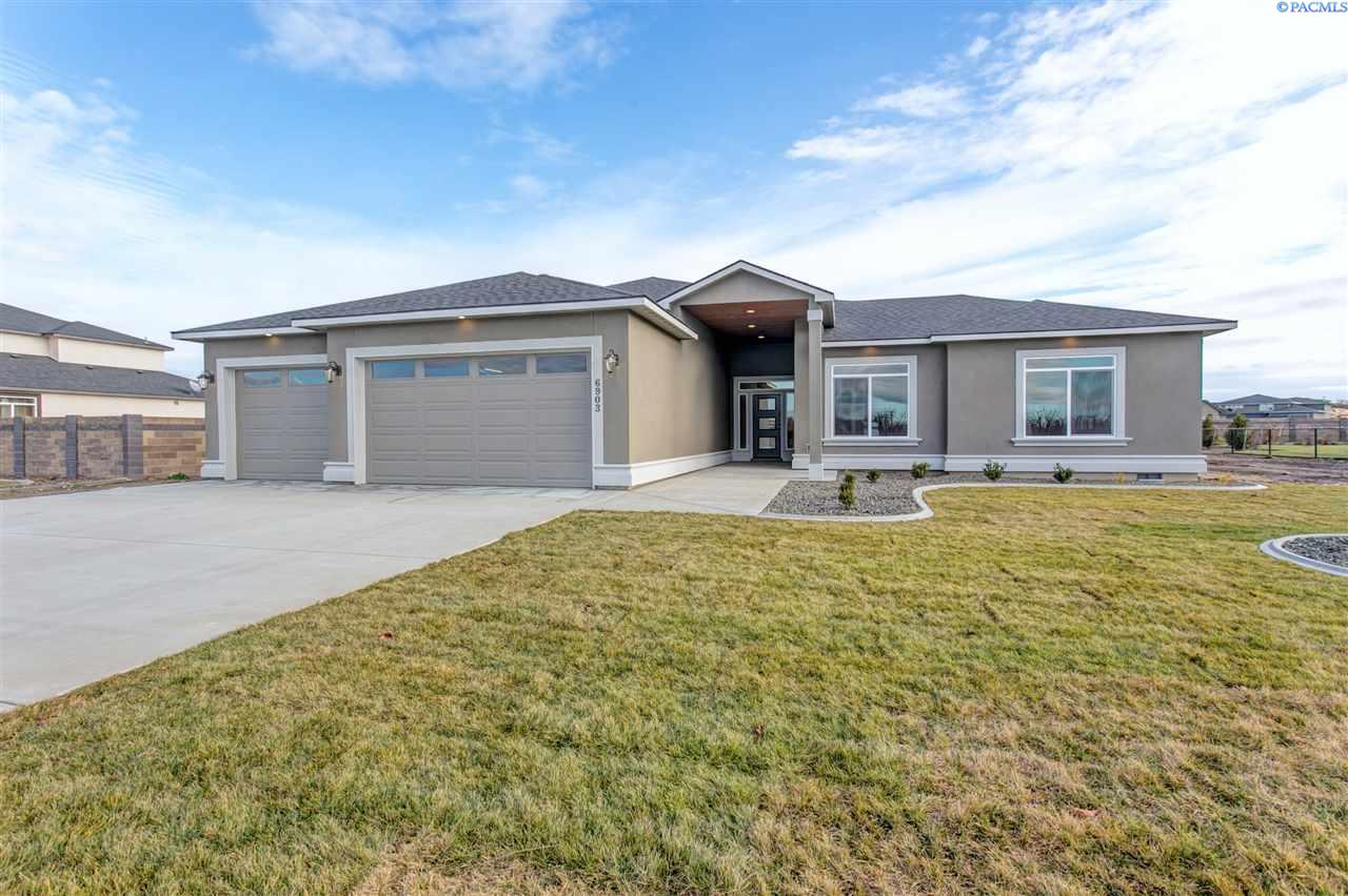 Single Family Home for Sale at 6903 Kohler Road 6903 Kohler Road Pasco, Washington 99301 United States