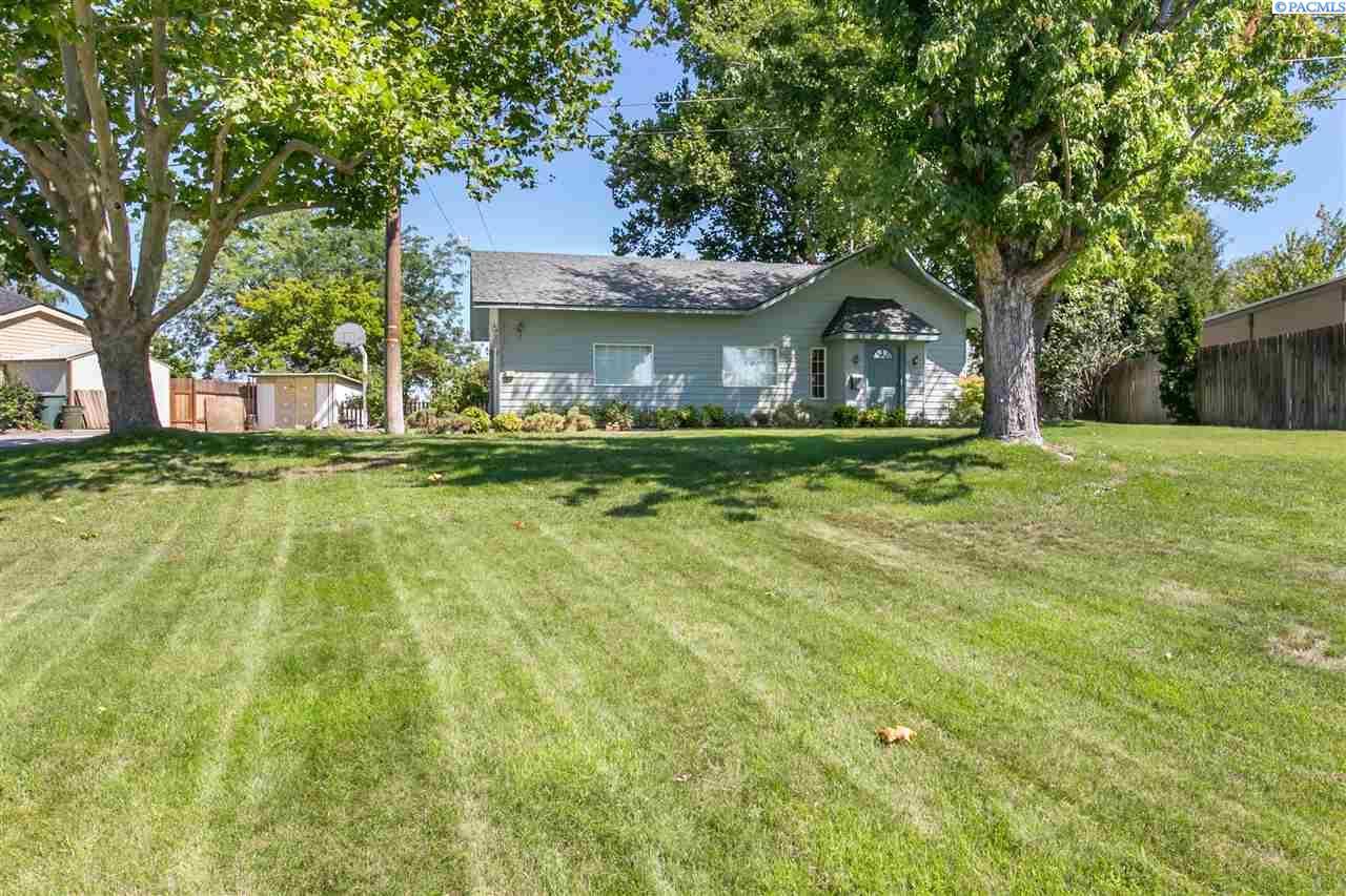 Single Family Home for Sale at 1808 Hunt 1808 Hunt Richland, Washington 99354 United States
