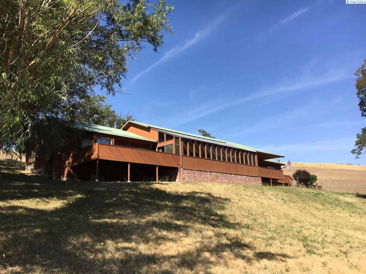 Single Family Home for Sale at 4652 S Palouse River Rd. 4652 S Palouse River Rd. Colfax, Washington 99111 United States