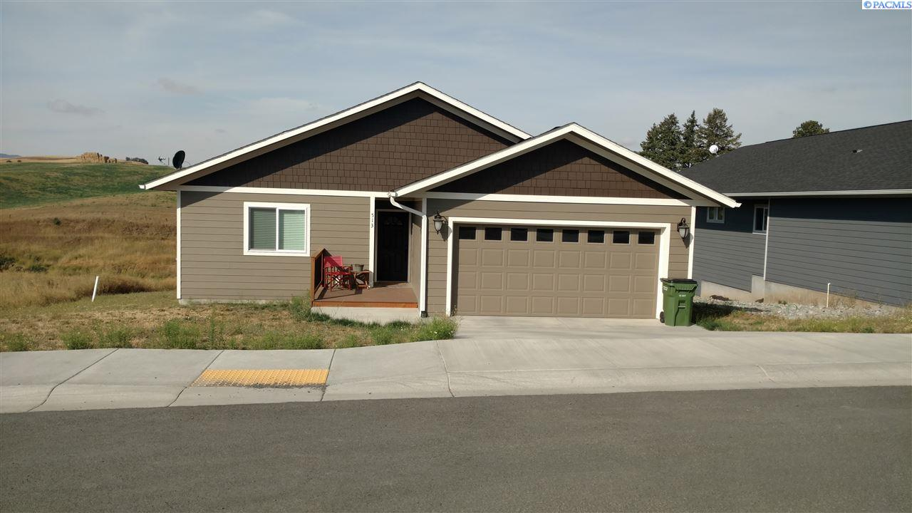 Single Family Home for Sale at 513 Harvest Loop 513 Harvest Loop Palouse, Washington 99161 United States