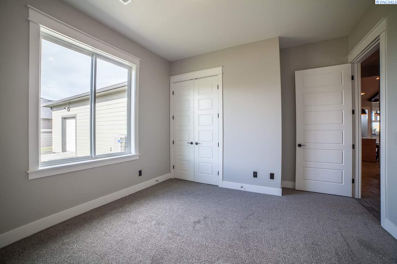 Additional photo for property listing at 83001 E. Sagebrush Rd. Summit View Phase 10 83001 E. Sagebrush Rd. Summit View Phase 10 Kennewick, Washington 99338 United States