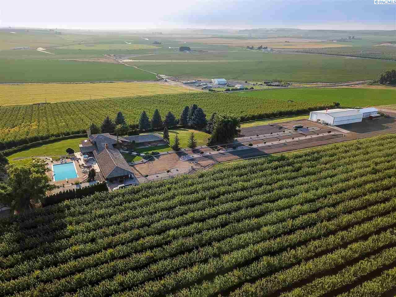 Farm / Ranch / Plantation for Sale at 11549 Road E SW Royal City, Washington 99357 United States