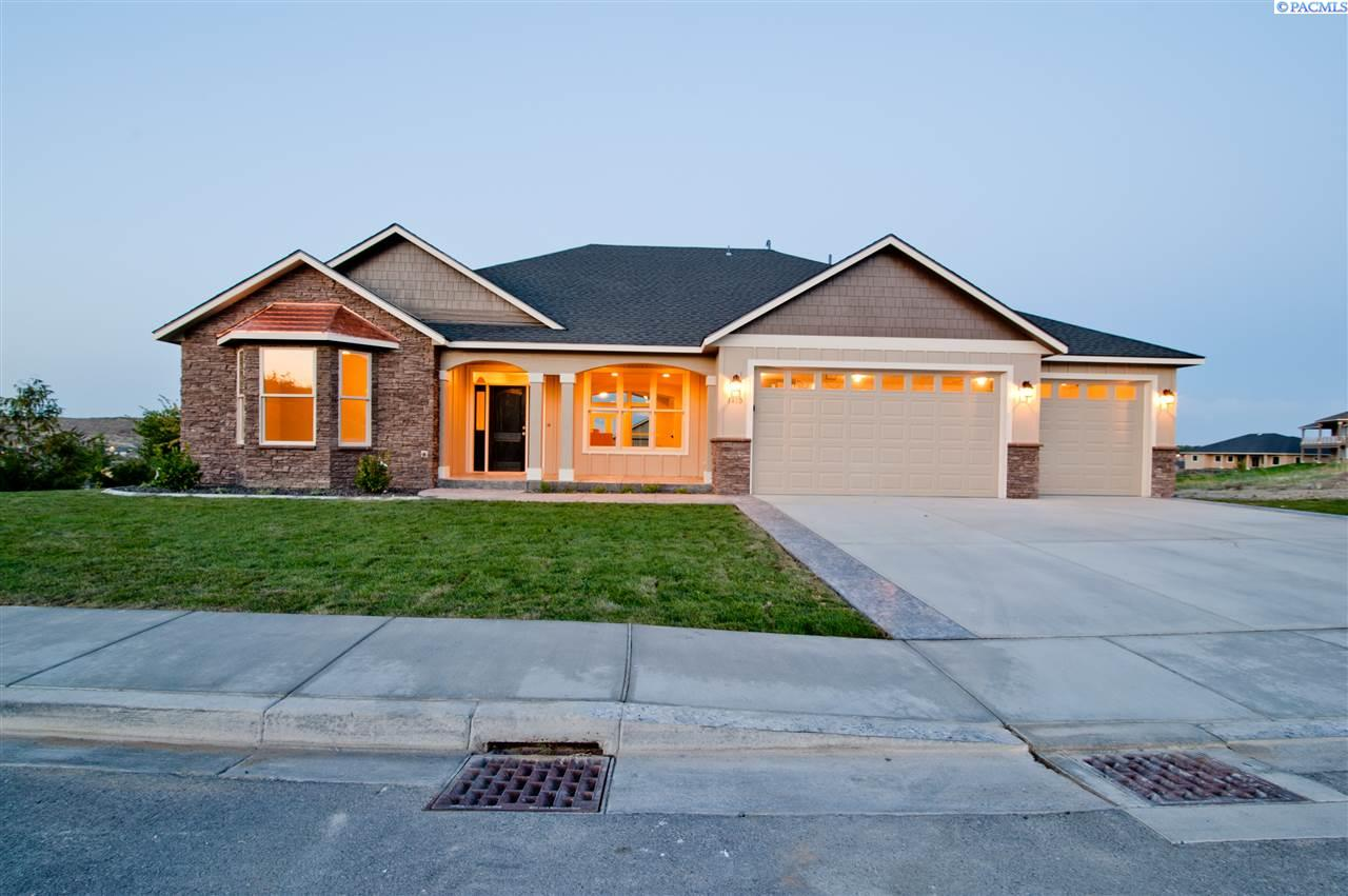 Single Family Home for Sale at 6500 Nocking Point Rd 6500 Nocking Point Rd Pasco, Washington 99301 United States