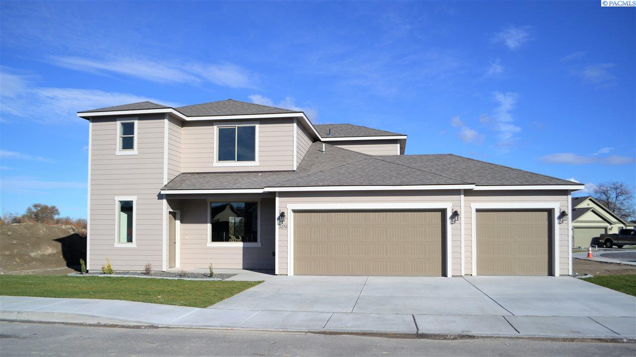 Single Family Home for Sale at 3251 S Quincy St 3251 S Quincy St Kennewick, Washington 99337 United States