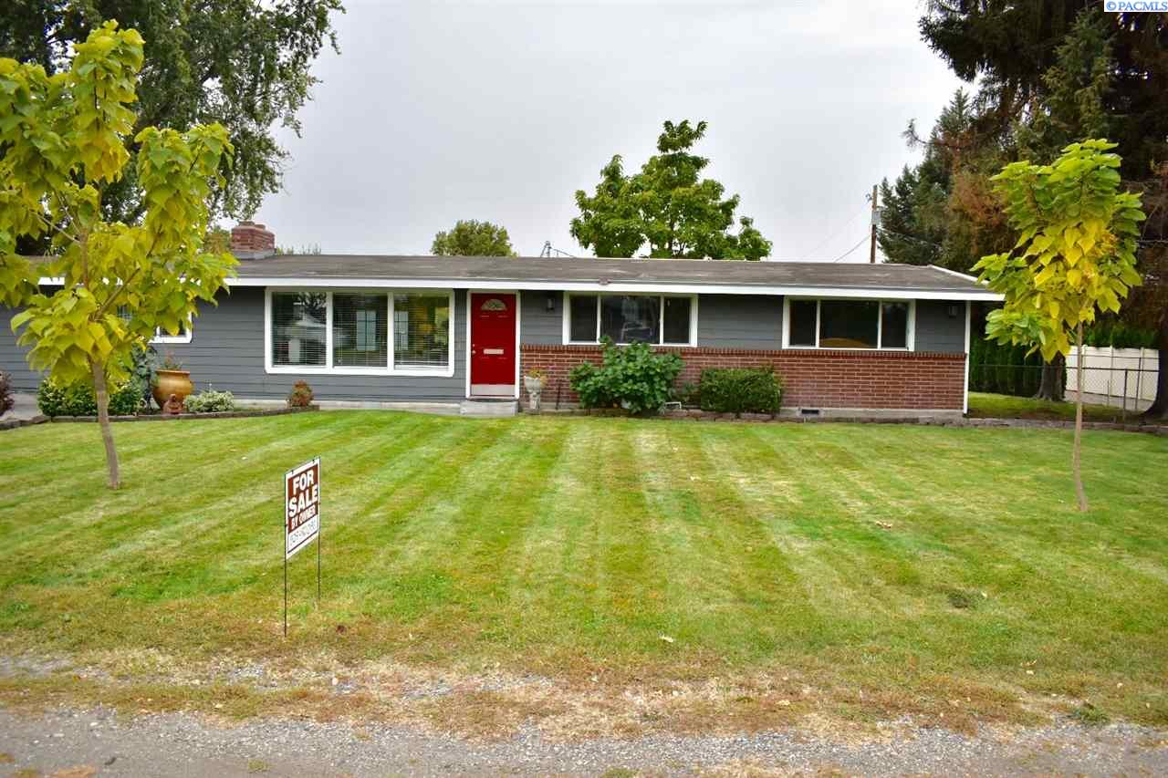 Single Family Home for Sale at 5012 Livingston Road 5012 Livingston Road Pasco, Washington 99301 United States