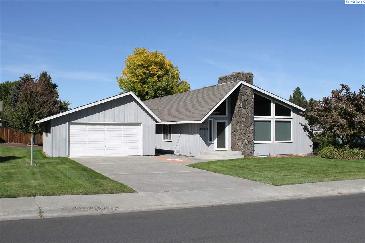 Single Family Home for Rent at 1948 Cypress 1948 Cypress Richland, Washington 99354 United States