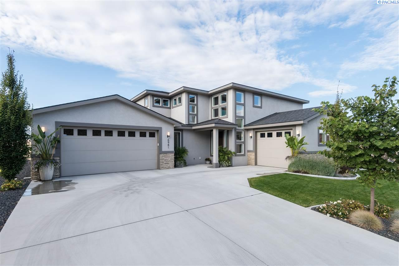 Single Family Home for Sale at 6981 W 23rd Court 6981 W 23rd Court Kennewick, Washington 99338 United States