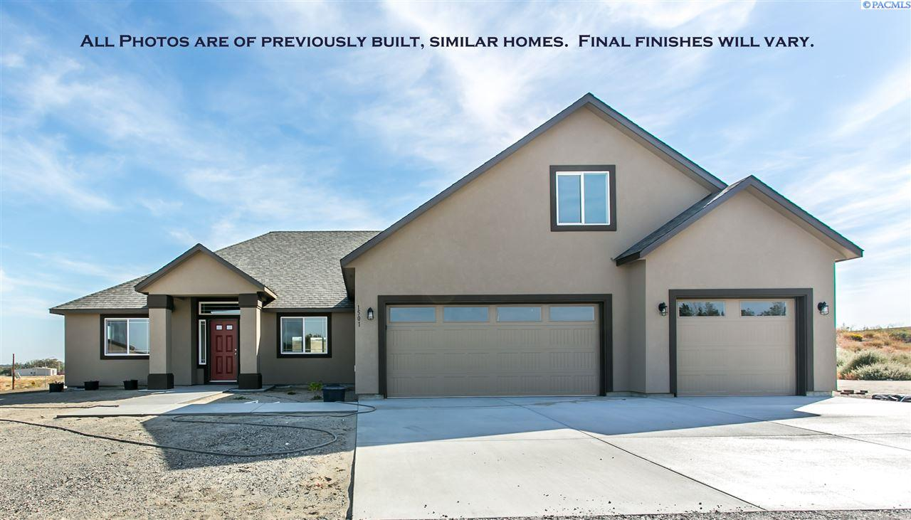 Single Family Home for Sale at 2987 S Harrison St 2987 S Harrison St Kennewick, Washington 99336 United States