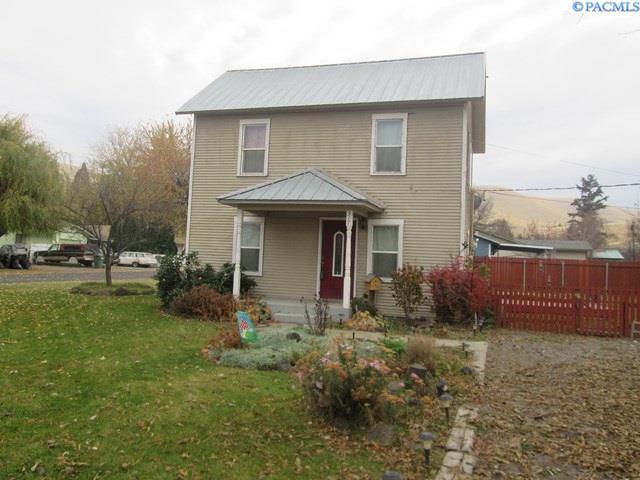Single Family Home for Sale at 317 Evans 317 Evans Prosser, Washington 99350 United States