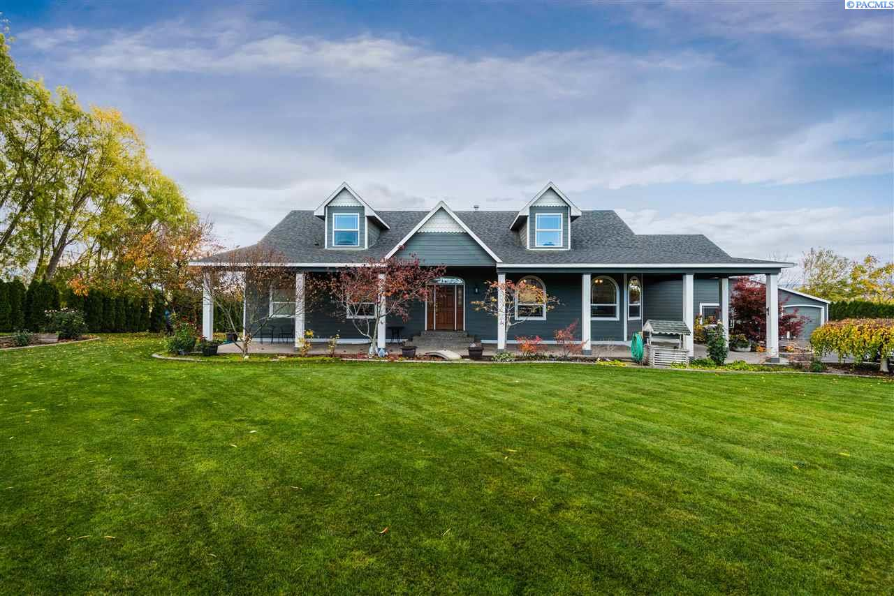 Single Family Home for Sale at 462 Tuttle Lane 462 Tuttle Lane Burbank, Washington 99323 United States