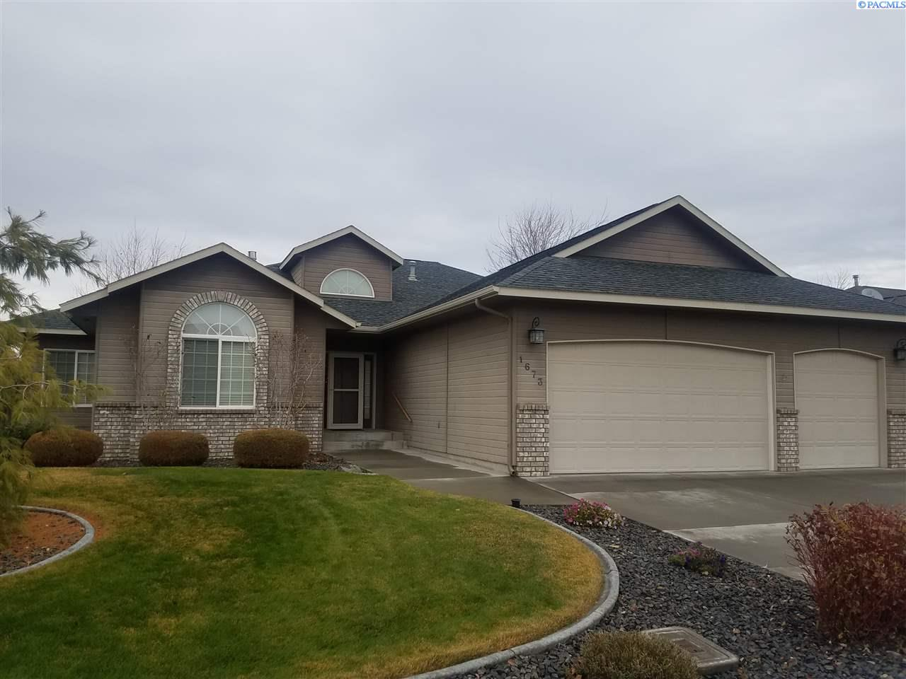 Single Family Home for Sale at 1673 VENUS CIRCLE 1673 VENUS CIRCLE Richland, Washington 99352 United States