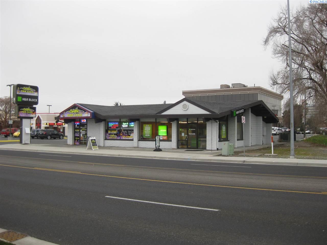 Retail for Sale at 1057 George Washington Way 1057 George Washington Way Richland, Washington 99352 United States