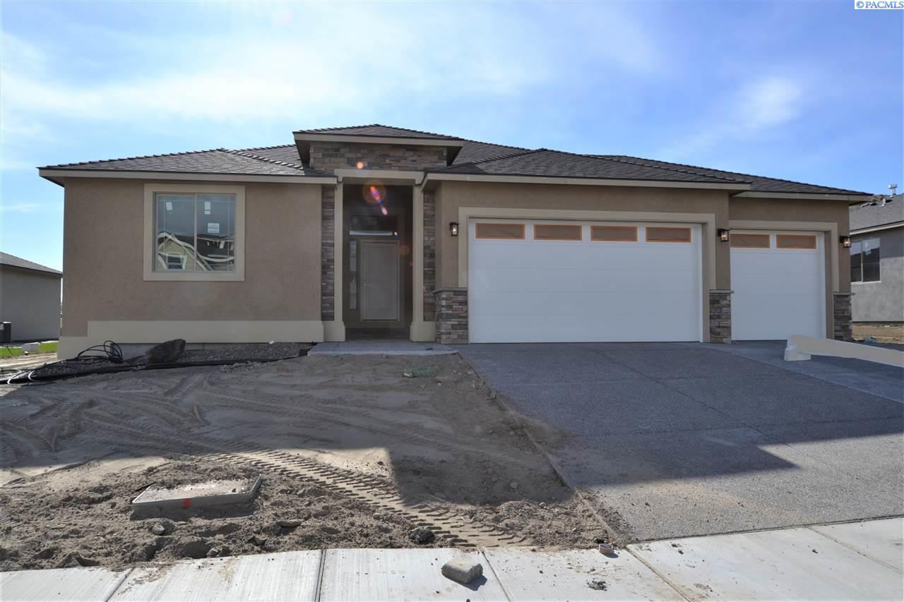 Single Family Home for Sale at 1028 Chinook Drive 1028 Chinook Drive Richland, Washington 99352 United States